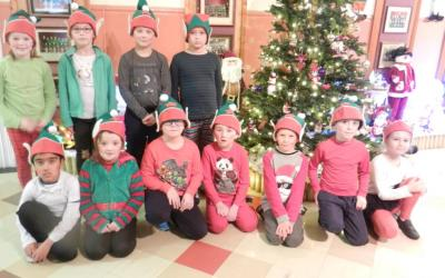 Christmas Time in First Class – Ms Casey's Room 5 - photo 3